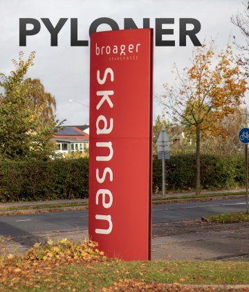 Billede af en pylon opsat ved Skansen i Sønderborg